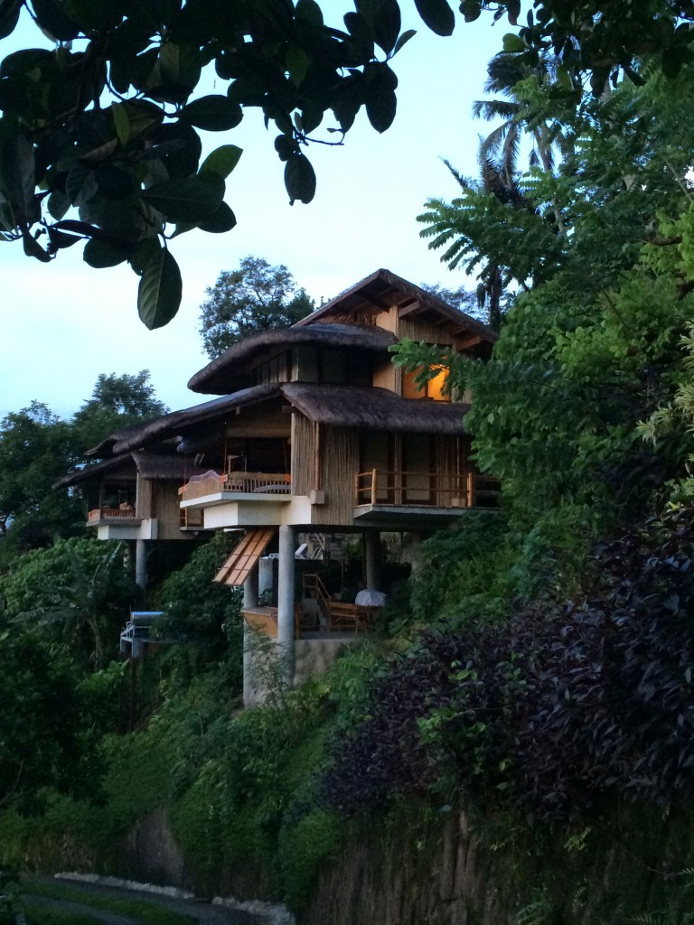 Cozy Narra Hill, Nipa huts with a view
