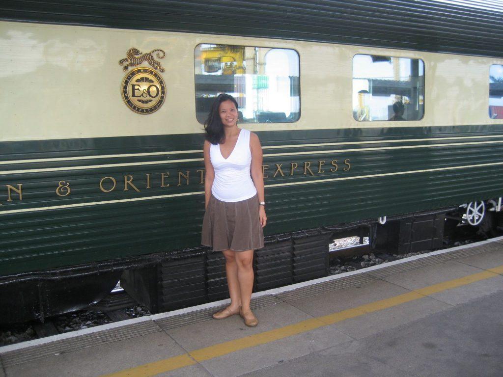 maida-eo-train-outside