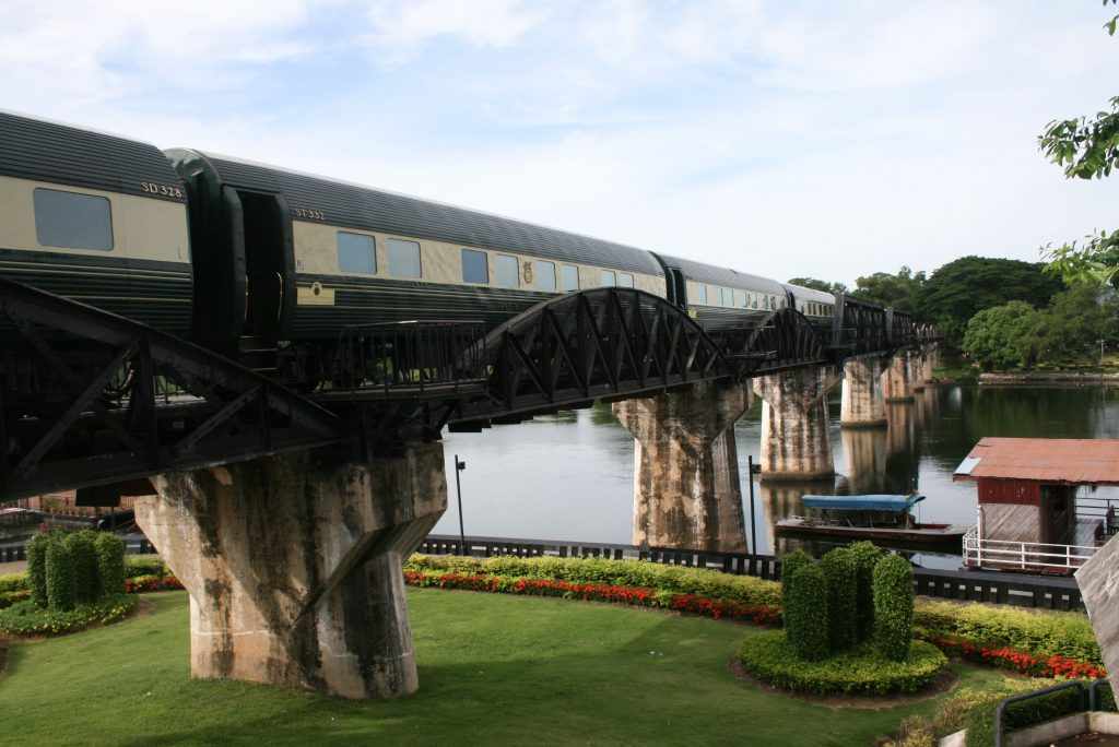 train-over-river-kwai